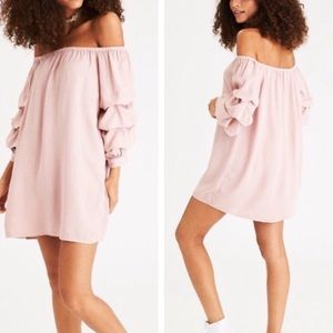 American Eagle off shoulder puffy sleeve dress